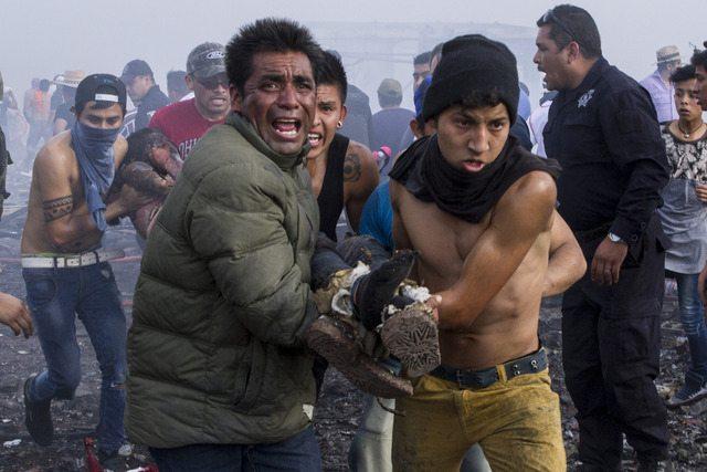 Suman 40 los muertos por la explosión en Tultepec Estado de México