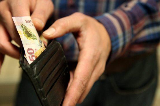 Entra en vigor salario mínimo de 80.04 pesos, el más alto en 17 años