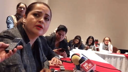 Mentira que Ana Lilia Herrera haya pedido licencia a la secretaría