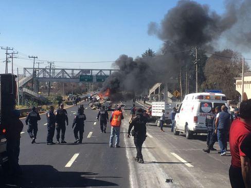 FOTOS Y VIDEOS: Doble accidente en la México-Toluca