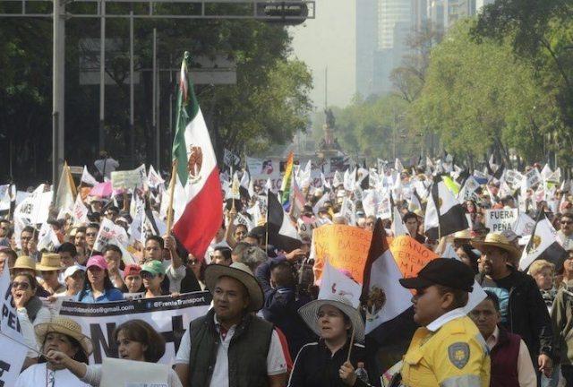 Se cumplen 8 días consecutivos de protestas contra el gasolinazo