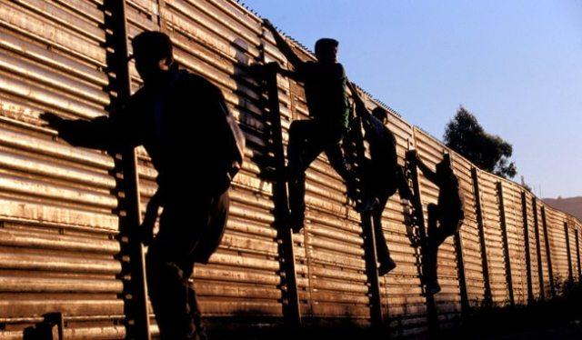 Buscan abogados mexiquenses apoyar a deportados