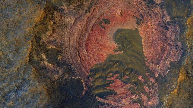 NASA publica la imagen más llamativa de la superficie de Marte