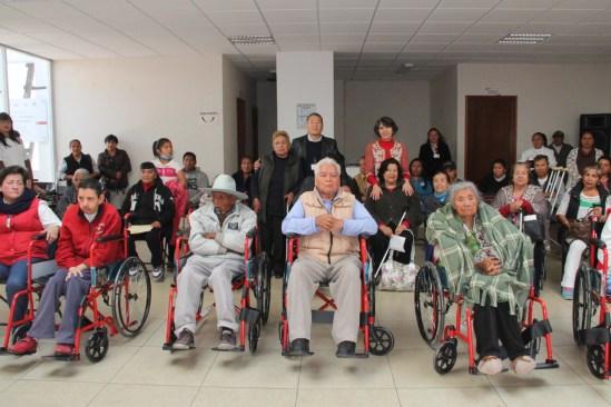 Entrega DIF Toluca apoyos funcionales a Grupos de Amor