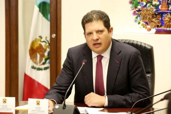 Oficializa alcalde de Metepec disminución de sueldos