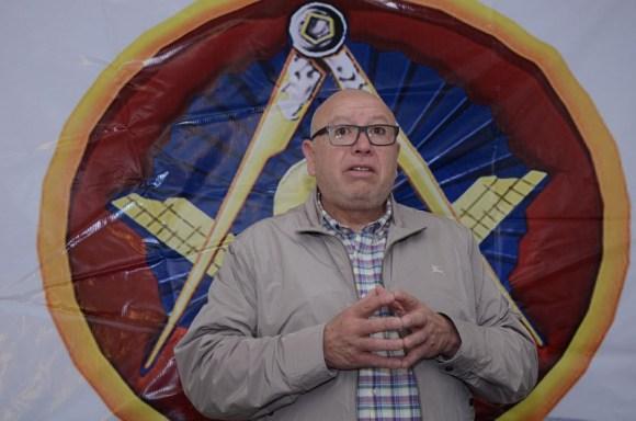 Dividir el Estado de México en cuatro entidades propone Isidro Pastor
