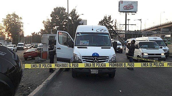"""Riña entre ladrones y """"justiciero"""" deja dos muertos en Edomex"""