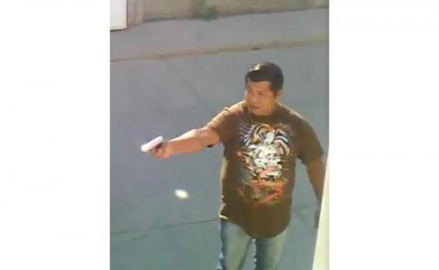 VIDEO: Hombre dispara a quemarropa a su vecino en Edomex