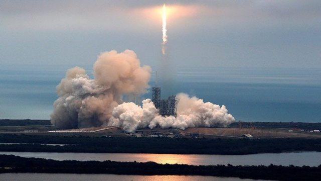 SpaceX el primer cohete reusable es todo un éxito