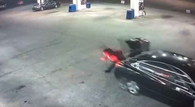 Mujer logra escapar de secuestradores