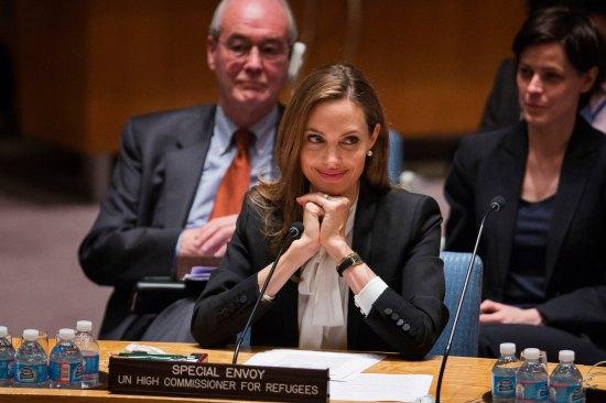 Defiende a la ONU Angelina Jolie