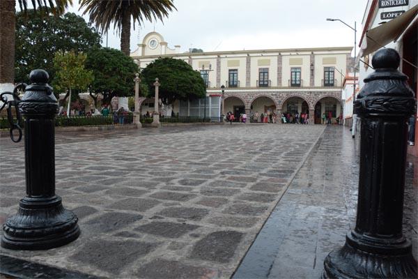 Inauguran empedrado de andador peatonal y Festival del Quinto Sol en Tenango del Valle