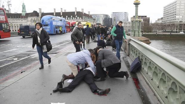 Se atribuye Estado Islámico autoría del atentado de Londres