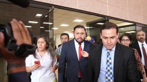 Con amparo abandona Tarín Cámara de Diputados (video)