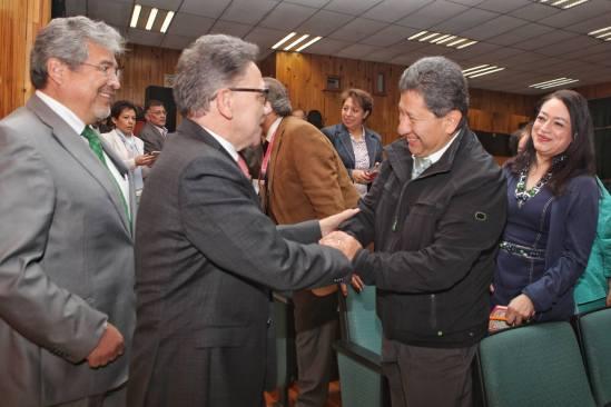 Presupuestos educativos debieran crecer anualmente un 10%: Alfredo Barrera