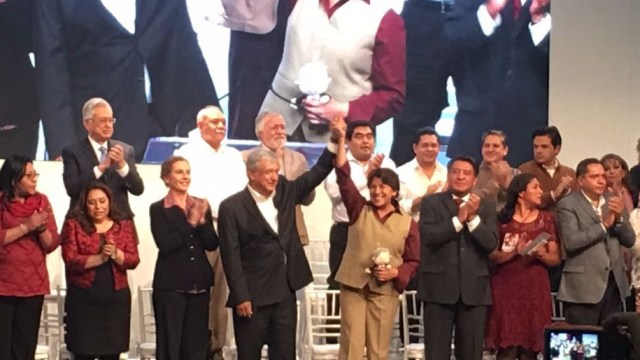 Presenta Delfina Gómez decálogo de ética pública