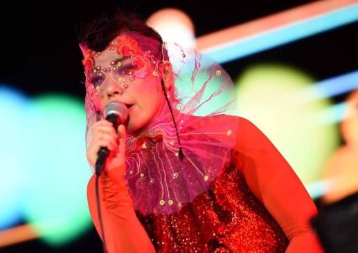 Paty Chapoy es criticada por sus comentarios sobre el concierto de Björk
