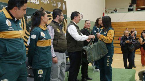 Abanderó Jorge Olvera a delegación UAEM para Universiada Nacional 2017