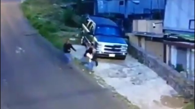 Asaltan y golpean a mujer en Tlalpan