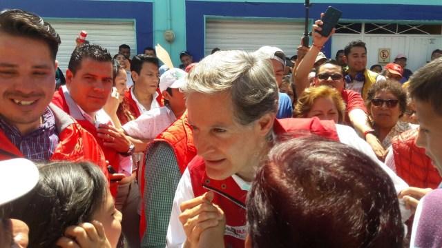 """Promete Alfredo del Mazo regresar el """"color"""" a Huixquilucan"""