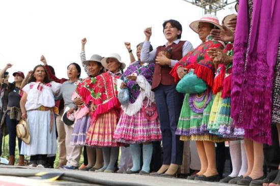 Delfina reta a Peña y a Eruviel a trasparentar cuentas públicas
