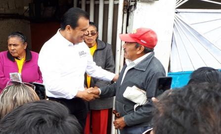 Simpatizantes de Morena asisten a evento de Juan Zepeda