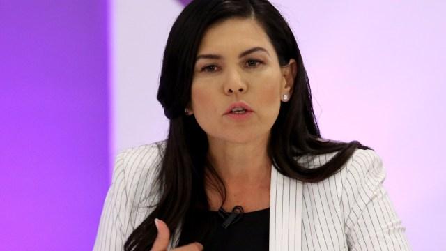 Invita Castell a liberarse de las malas administraciones de los partidos políticos