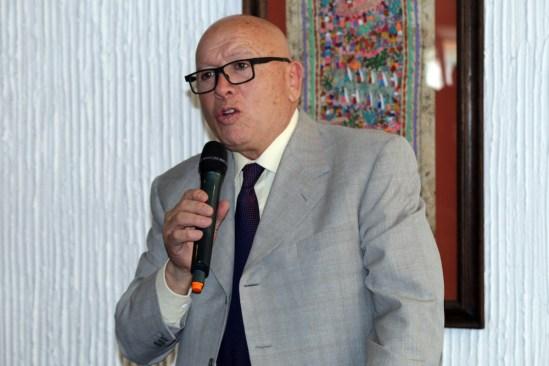 Llama Isidro Pastor al voto útil en el Edomex