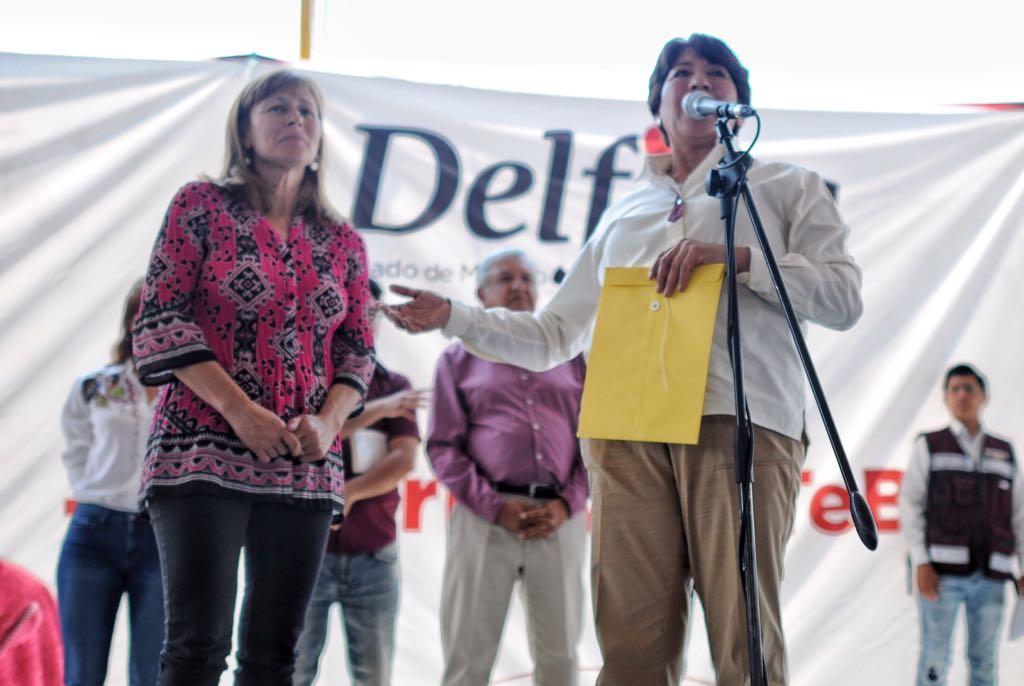 PAN denuncia a Delfina por desvío; pide que deje candidatura