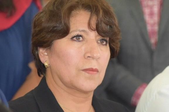 50 mujeres acusan a Delfina de desviar recursos de pensiones