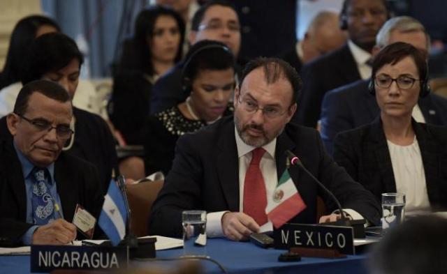 """Videgaray pide a OEA """"actuar con urgencia"""" en Venezuela"""