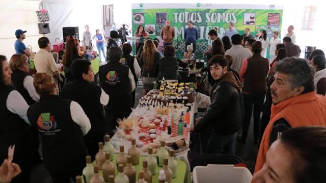 Inauguran bazar de salud enZinacantepec