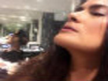 Salma Hayek comparte foto 'topless'
