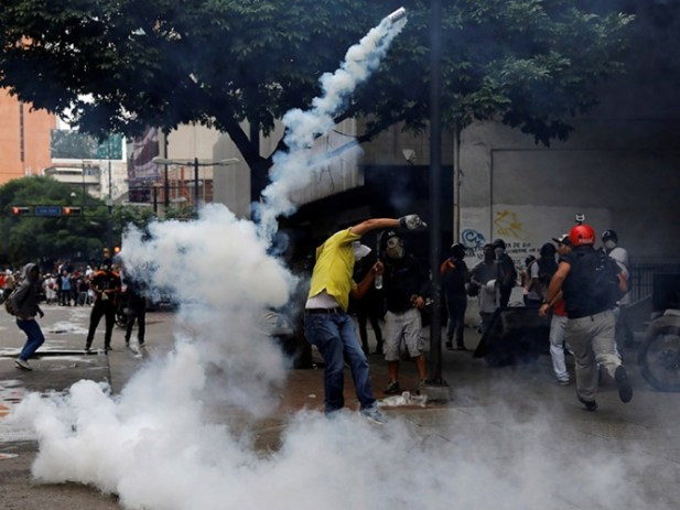 Fiscalía de Venezuela cifra en 67 las muertes tras dos meses de protestas