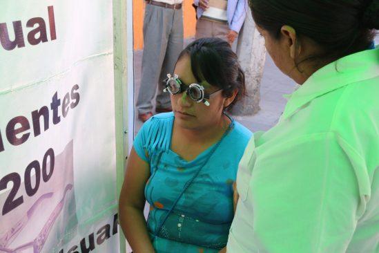 Atiende Jornada de Salud a cientos de mujeres toluqueñas en Cacalomacán