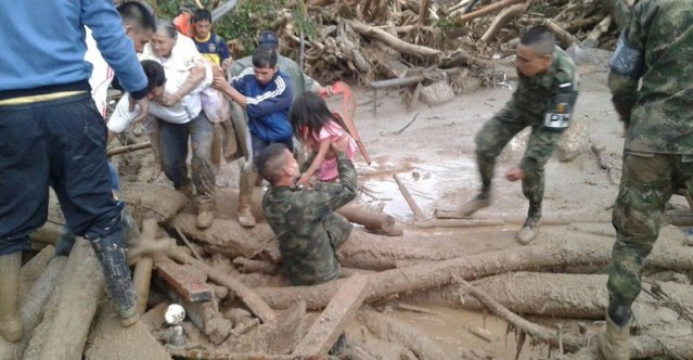 Seis militares muertos por avalancha de lodo en Guerrero