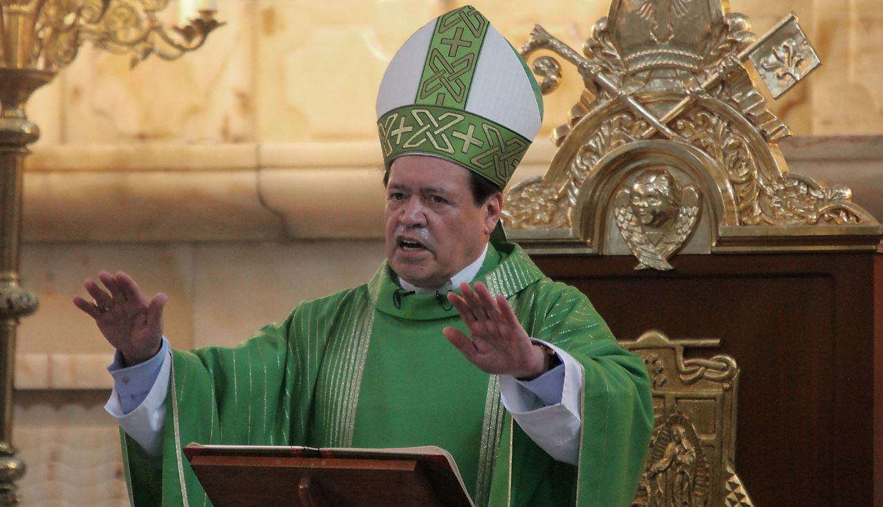 Denuncian a Norberto Rivera por presunto encubrimiento a pederastas