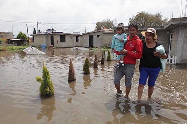 Monitorean zonas de riesgo por lluvias en Toluca