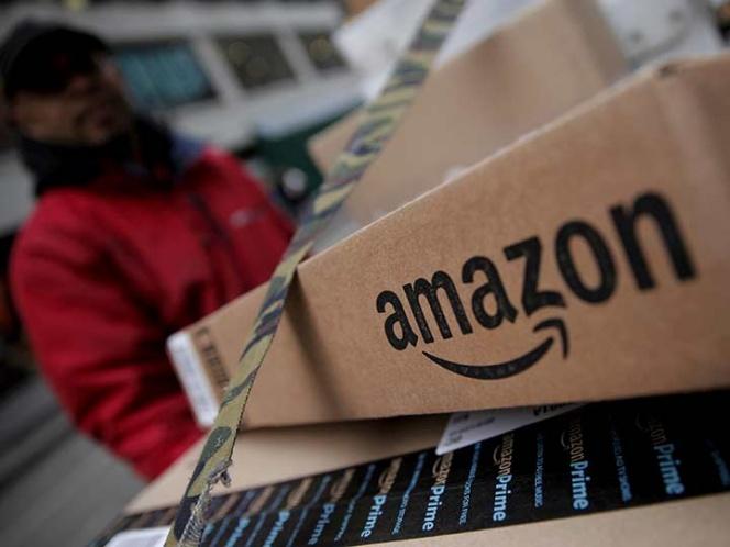 Pide Trump a servicio postal cobrar 'mucho más' a Amazon
