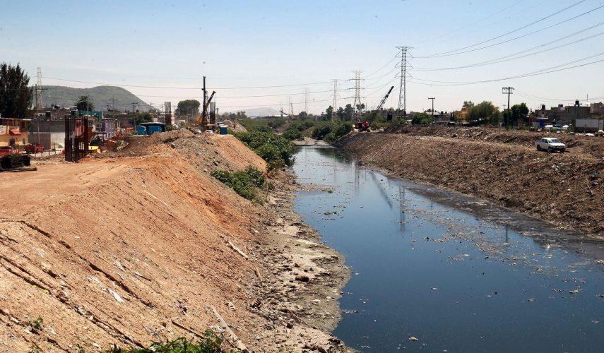 Registran avance de 70% en trabajos en el gran canal de desagüe de Ecatepec