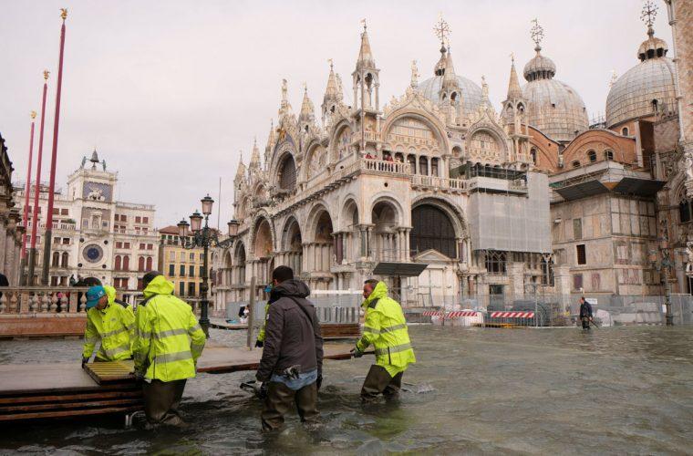 Al menos nueve muertos tras lluvias en Italia