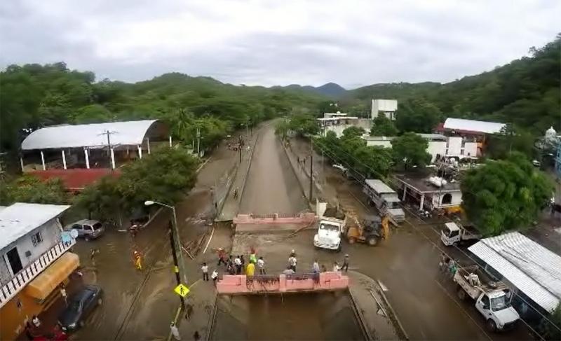 16 localidades incomunicadas en Oaxaca, el saldo de Vicente
