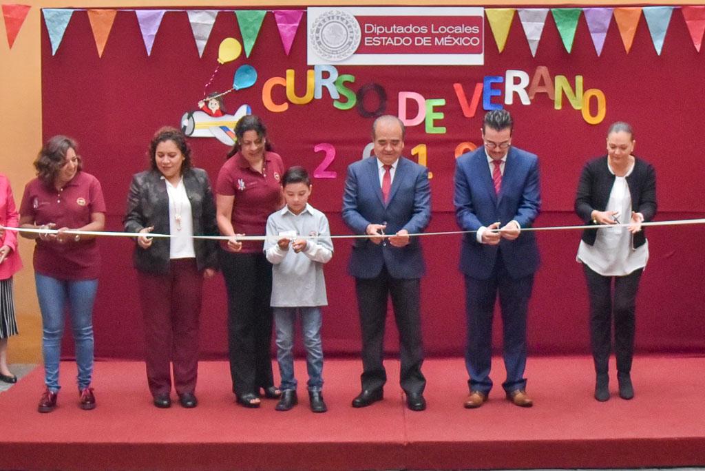 Inauguró Maurilio Hernández Curso de Verano para hijos de servidores públicos del Poder Legislativo