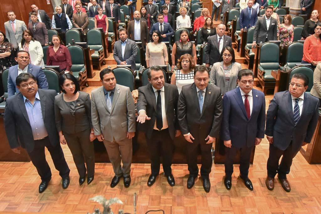 Rinde protesta Rogelio Padrón de León como encargado del OSFEM