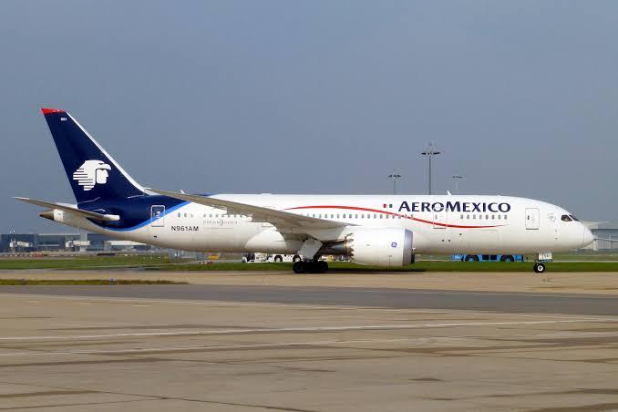Se ampara Aeroméxico para impedir la llegada de Emirates Airlines