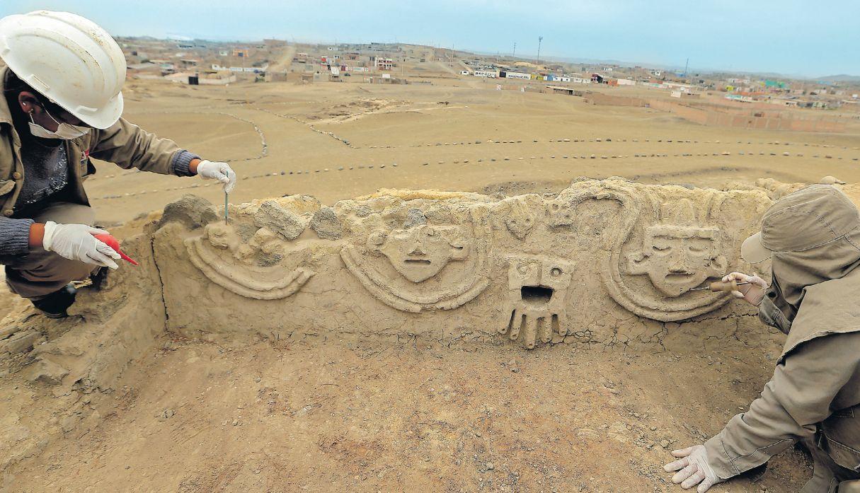 Sapo humanizado y una cabeza antropomorfa los nuevos descubrimientos arqueológicos