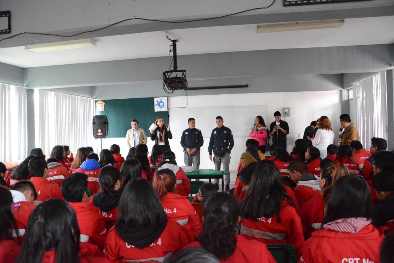 Motiva Toluca a jóvenes a continuar con su proyecto de vida