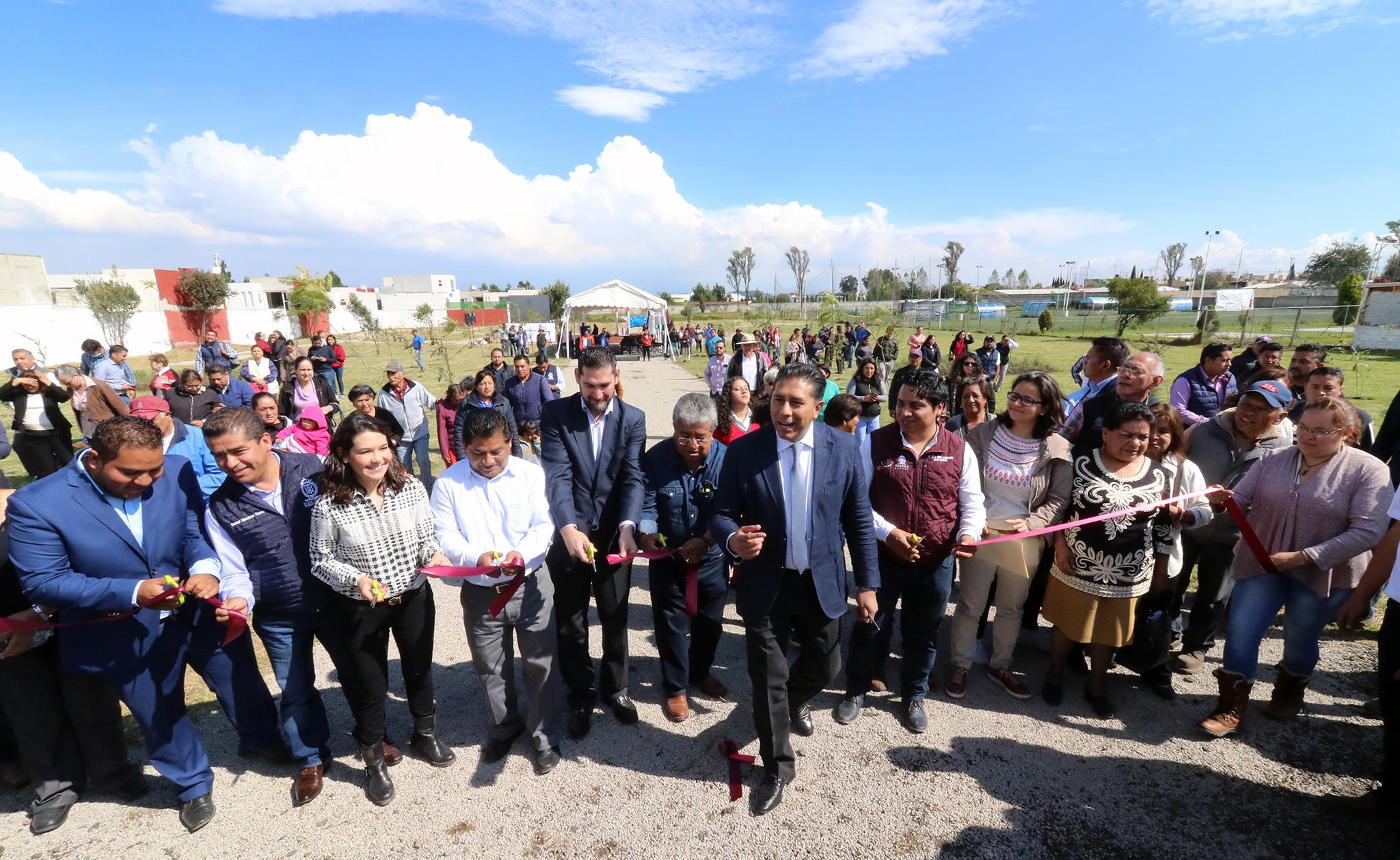 Entrega Juan Rodolfo el Parque Fundadores, de nueva creación