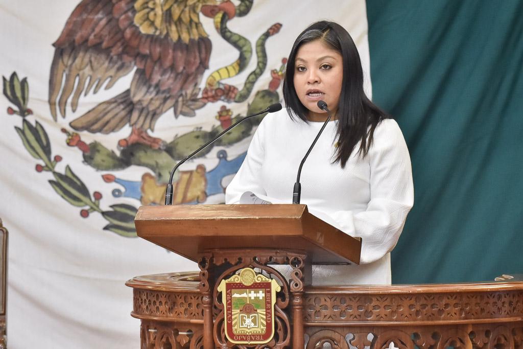 Morena propone subsidio del 50% en transporte a estudiantes