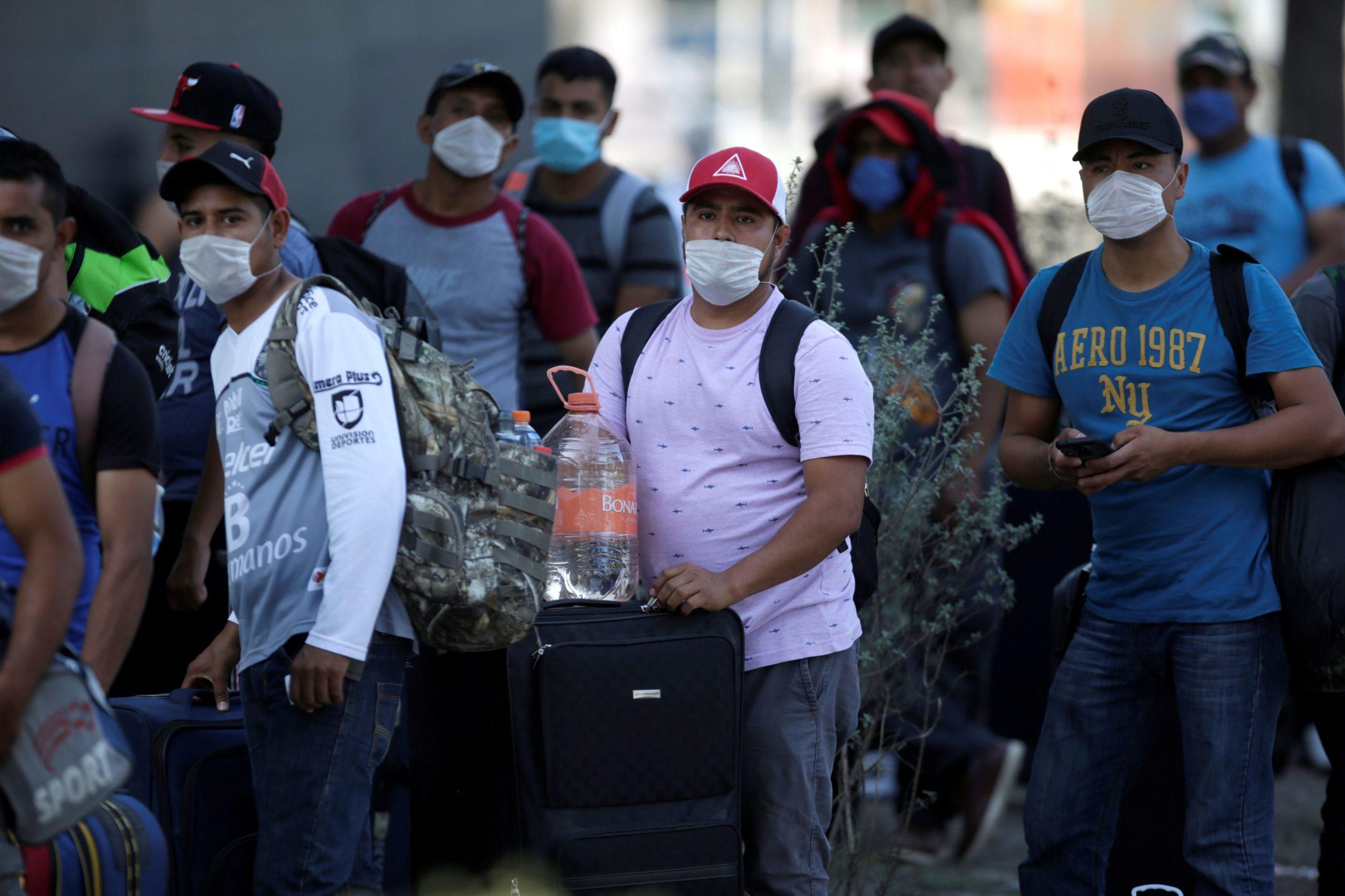 Sube a 7,394 el número de muertos por coronavirus en México